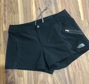 """The North Face 3"""" hiking short! Size 4 for Sale in Land O' Lakes, FL"""