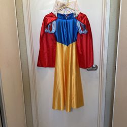 Kids Disney Snow White Costume for Sale in Los Gatos,  CA