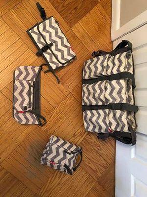Skip Hop Gray Chevron Diaper Bag & Accessories for Sale in Queens, NY