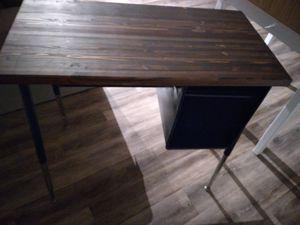 Children's Desk for Sale in Westlake, OH