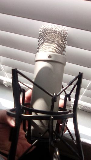 RODE NT1 A SUPER MIC BEST PRICED for Sale in Fresno, CA