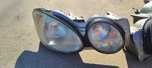 2005 buick lacrosse front headlights for Sale in Palos Park, IL