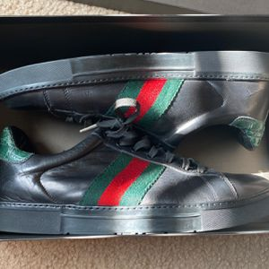 Gucci Leather Web Stripe Black Crocidle Size 11 for Sale in Knightdale, NC