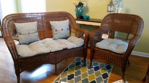 Wicker Settee and chair and cushions for Sale in Jamestown, NC