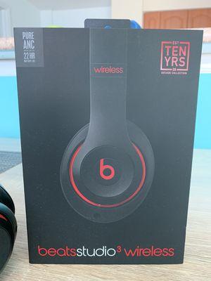 Beats studio 3 wireless headphones ten years decade collection for Sale in Miami, FL