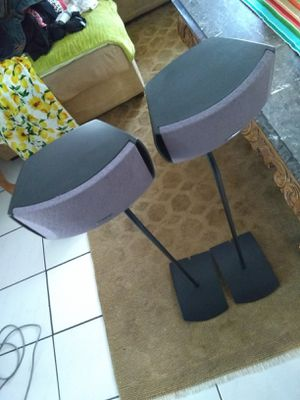 """NICE SET SPEAKER """"""""BOSE!!! ONLY BASE AND SPEAKER for Sale in Corona, CA"""