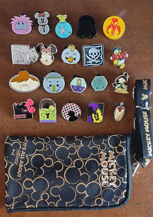 20 Disney trading pins lanyard lot set.Tradeable at all disney parks for Sale in Los Angeles, CA