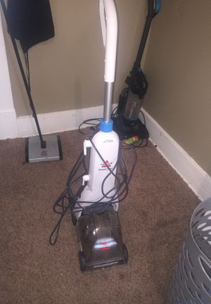 Bissell ready clean Carpet Shampooer for Sale in Indianapolis, IN
