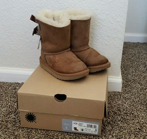 UGG Toddled Bailey Bow Boots for Sale in Thornton, CO