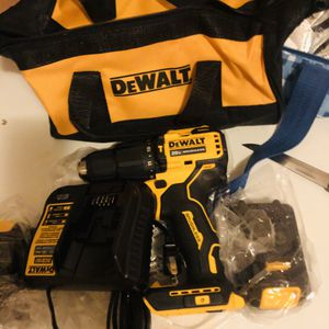 Dewalt hammer drill 2 batteries charger and bag new for Sale in Yonkers, NY