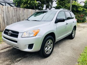 2012 TOYOTA RAV4 for Sale in Miami, FL
