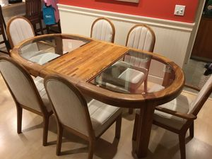 Oak and glass dining table with six (6) chairs and leaf PENDING PICKUP for Sale in Kent, WA