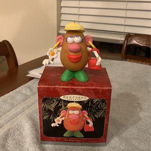 Hallmark Keepsake 1998 Mrs. Potato Head From Toy Story for Sale in Oklahoma City, OK