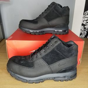 Nike Air Max Goadome ACG Leather Boots Size 11.5 Triple Black Waterproof BQ3459-001 Mens HAVE SIZE 12 ALSO for Sale in Parkland, WA