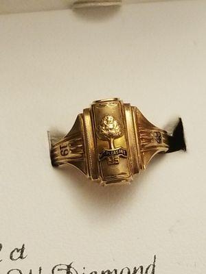 GOLD 1949 MT PLEASANT HIGHSCHOOL GRADUATION RING for Sale in Fairfax, VA