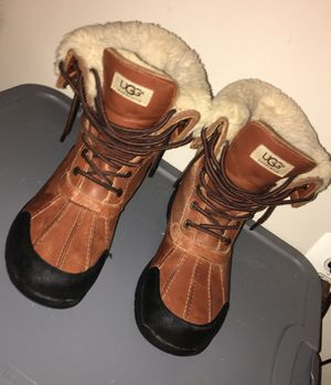 Men's Ugg Boots Size 8.5 for Sale in Forest Heights, MD