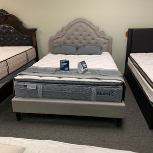 Queen size Victorian style being with Promotional Mattress and free delivery for Sale in Arlington, TX