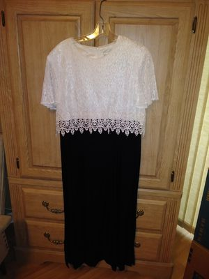 Elegant black evening dress with white lace topper. for Sale in Ruskin, FL