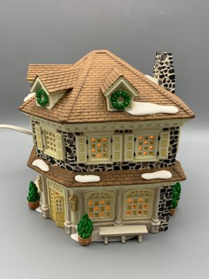 Department 56 - Disney Parks Village - Silversmith for Sale in Tacoma, WA