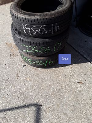 3 free tires for Sale in Melbourne, FL