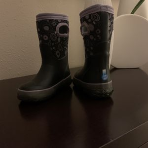 Rain/snow Toddle Boots Size 8 for Sale in Redondo Beach, CA