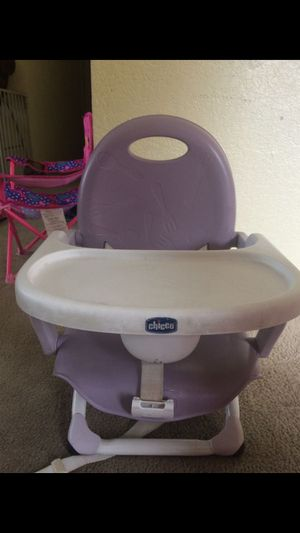 Chicco booster snack portable seat for Sale in Redmond, WA