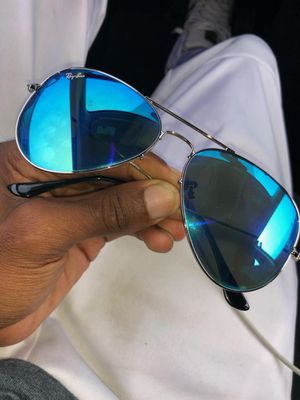 Blue Ray Ban Aviator Sunglasses! for Sale in Chicago, IL