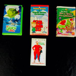 🎄🎥 Set of 4 Favorite Holiday Christmas VHS Movies for Sale in Big Bear, CA