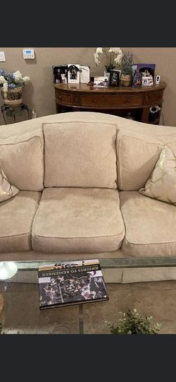 Couch (delivery available) for Sale in Henderson,  NV