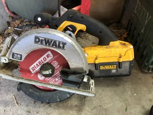 DeWalt 36 Volt cordless lithium ion Circular Saw for Sale in West Palm Beach, FL