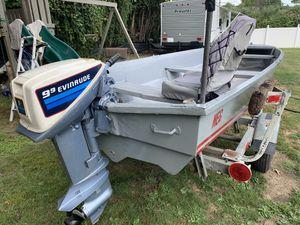 14 FT Fiberglass Boat for Sale in East Hartford, CT