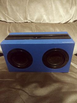 Polaroid bluetooth speaker for Sale in Portland,  OR