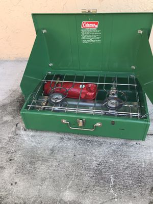 Coleman Two Burner Stove 1979 on Case - Good Condition for Sale in Miami, FL