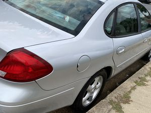 Car Ford Taurus for Sale in Riverdale, MD