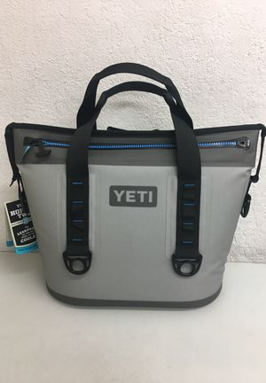 Brand New Yeti Hopper Two 20 Cooler for Sale in Dallas, TX