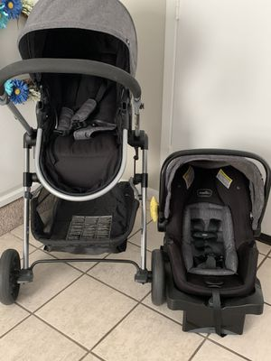 Evenflo Pivot Travel System for Sale in Tampa, FL