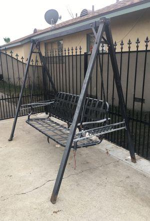 Metal yard swing for Sale in San Bernardino, CA