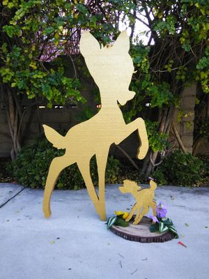 Bambi backdrop prop w/centerpieces for Sale in Baldwin Park, CA