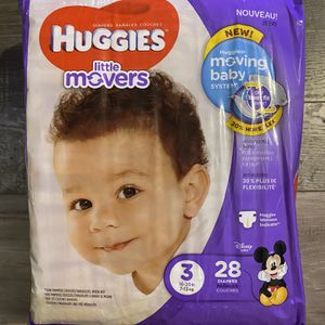 Huggies little movers diapers size 3 for Sale in San Bernardino, CA