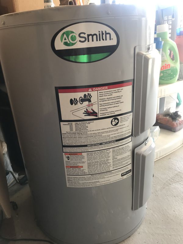 Electric tank water heater