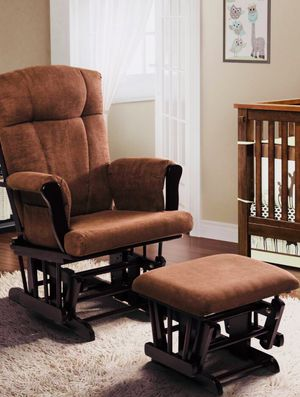 Rocking chair with foot rest- negotiable for Sale in San Francisco, CA