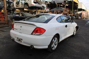 Parting out 2006 Hyundai Tiburon for Sale in Pompano Beach, FL