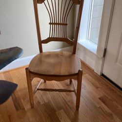 Solid Oak Chairs for Sale in Damascus,  OR