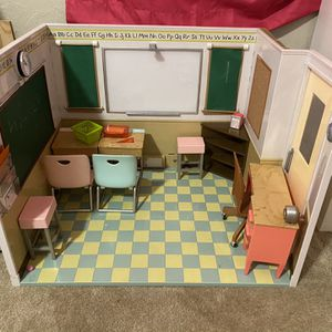 Our generation Doll School Set for Sale in St. Petersburg, FL