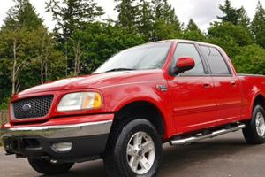 Ford 2002 red F150 Lariat * Great inside very fast!* for Sale in Buffalo, NY