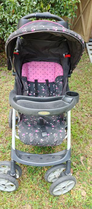 Baby stroller for Sale in Zephyrhills, FL