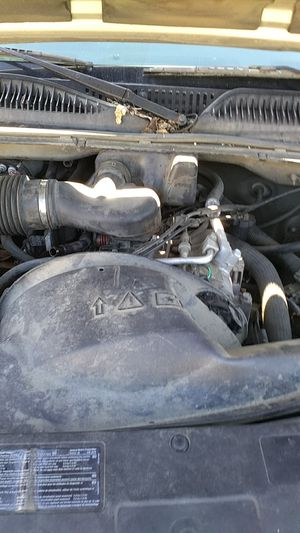 Parting out a 2003 GMC Sierra for Sale in Kent, WA