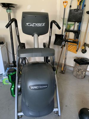 2009 Cybex ARC Trainer Elliptical (was $475, now $450) for Sale in Frederick, MD