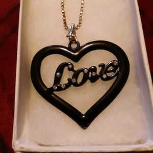 NEW BLACK WITH DIAMONDS HEART AND GOLD CHAIN for Sale in Swansea, MA
