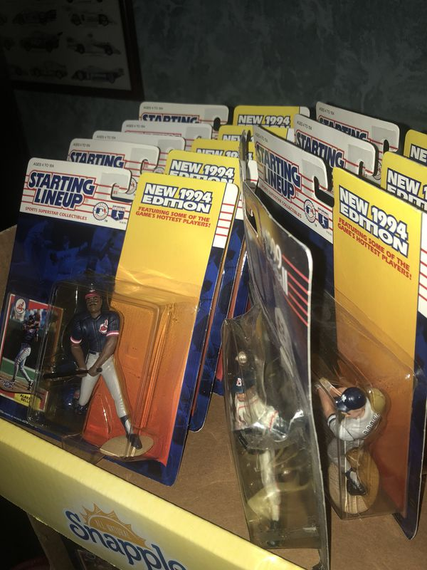 Lot 30 1990s vintage figurines starting line up collectible all stars nba/nfl/mlb